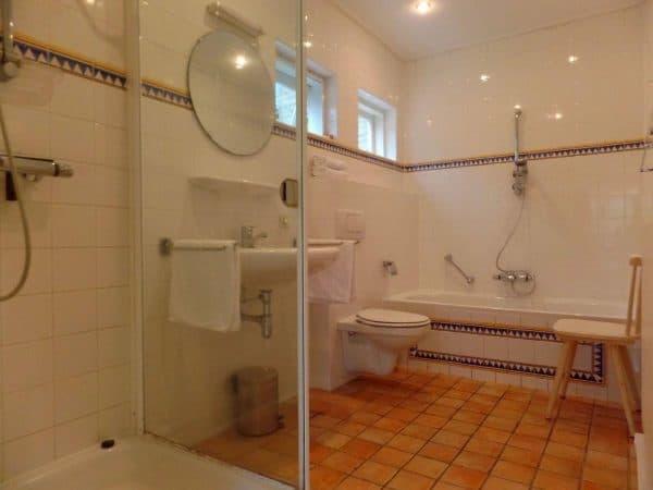 Groepsaccommodatie Burgh Haamstede - Nederland - Zeeland - 10 personen - badkamer